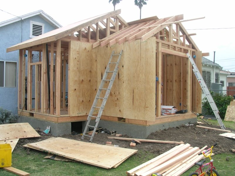 Altura construction services offered for Building room addition